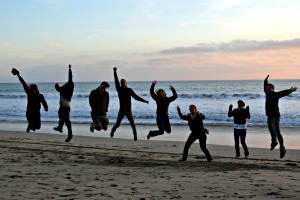 2013-03-24-hmb-friends-jumping-2